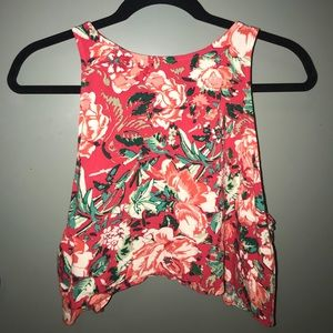 Hawaiian / Flower Crop Top
